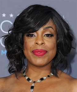 """12"""" Wavy With Bangs Wigs For African American Women The Same As The Hairstyle In Picture"""