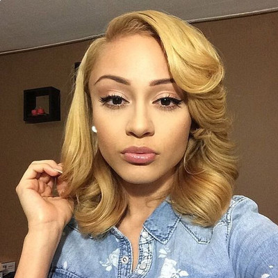 """14"""" Medium Wavy Wigs For African American Women The Same As The Hairstyle In The Picture"""
