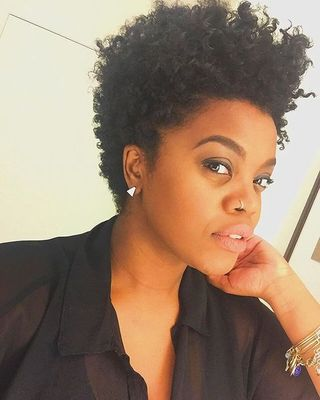 """6"""" Short Curly Wigs For African American Women The Same As The Hairstyle In The Picture"""
