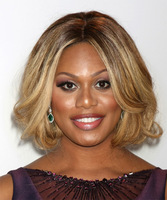 "12"" Wavy Wigs For African American Women The Same As The Hairstyle In The Picture"
